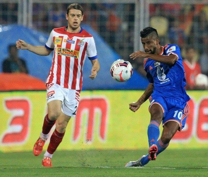 Léo Moura atuando pelo FC Goa, em temporada alternativa (Foto: Facebook do jogador)