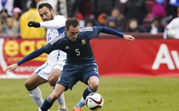 Mancuello em ação pela seleção argentina.