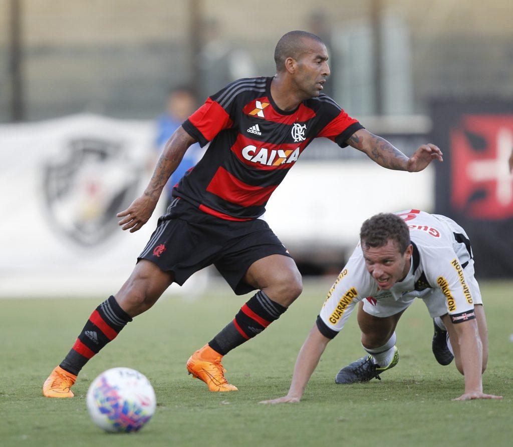 Emerson Sheik completará 38 anos em 06/09 (foto: Gilvan de Souza / Flamengo).