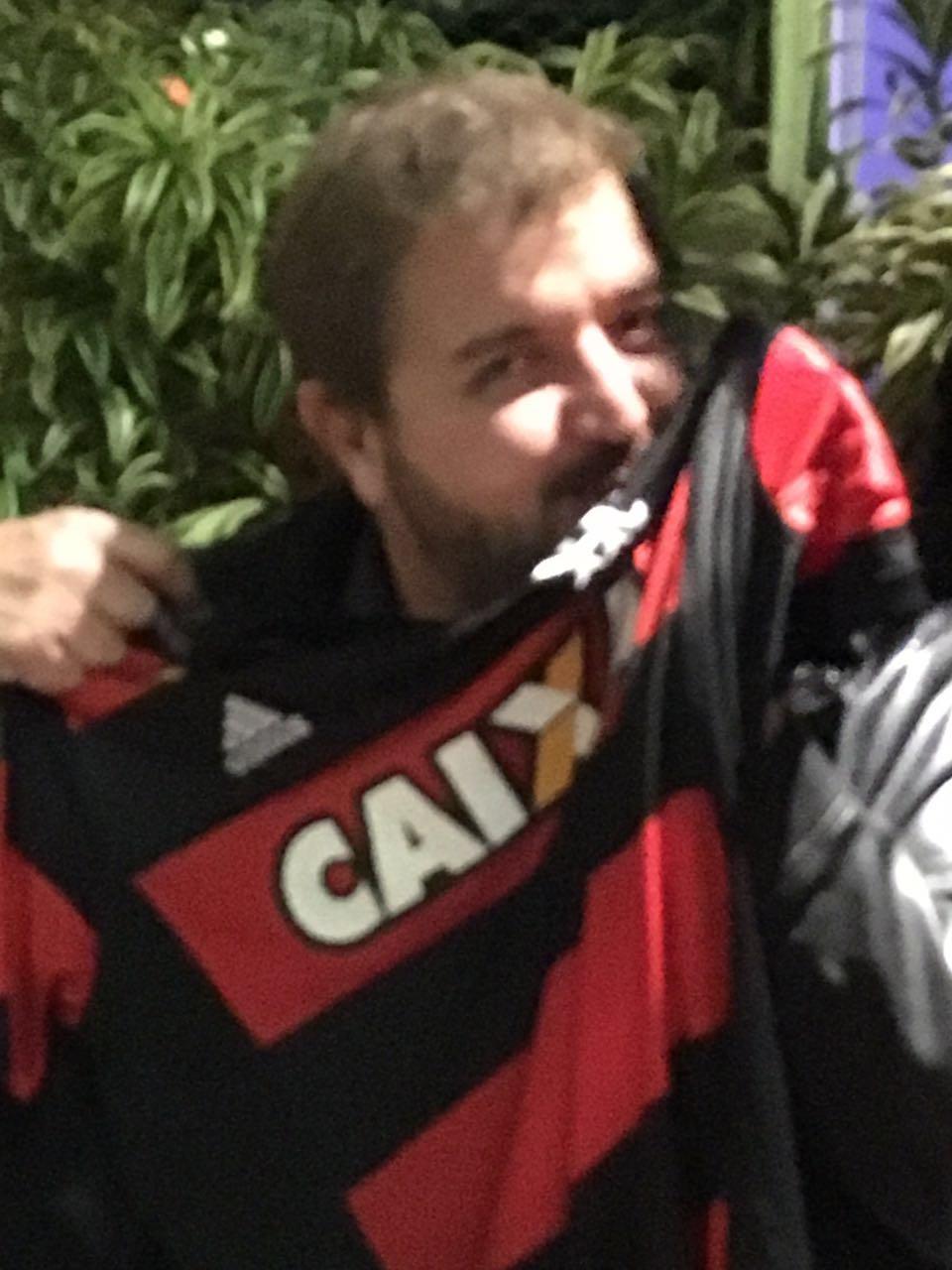 Robert Rubro-Negro