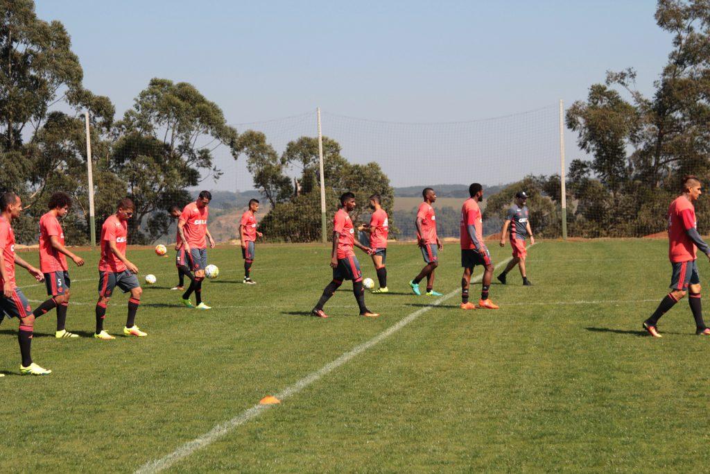 Treino da equipe, hoje, em Chapecó (Foto: Andrey Menezes / FLA TV).
